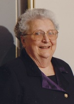 Edith  Gill  (Modeland )
